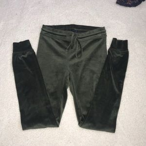 Size small NWOT soft leggings